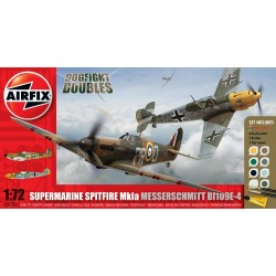 Spitfire MkIa and Messerschmitt Bf109E-4 Dogfight Doubles Gift Set 1:72